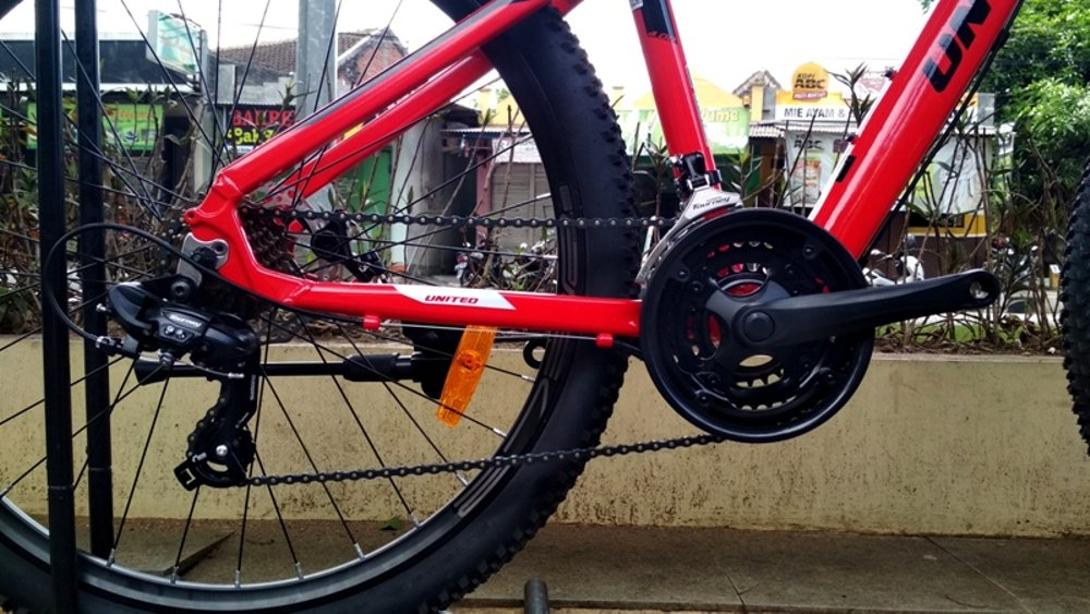 MTB.27.5.UNITED.MONANZA.4.0.ALLOY.21.SPEED.GLOSSY.RED